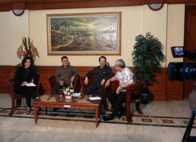 Talkshow Reformasi Hukum dan HAM KBR68H dan Tempo TV membahas 12 tahun pelaksanaan Otonomi Khusus Papua di Kantor Kementerian Koordinator Politik, Hukum dan Keamanan (foto:Ethel/ Tempo TV)