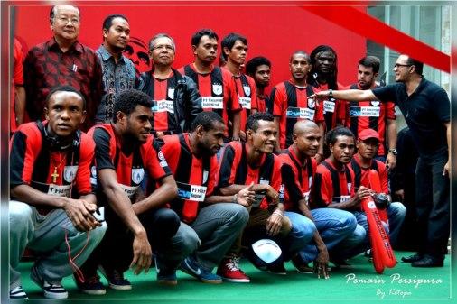 Daftar-Skuad-Lengkap-Persipura-Jayapura-2013