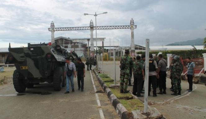 Suasana Pos Perbatasan RI-Papua Nugini di Wutung Jayapura, Senin 7 April 2014. Akses perbatasan ini ditutup selama pemilu menyusul insiden penembakan kelompok OPM pada 5 April 2014. (Foto : VIVAnews)