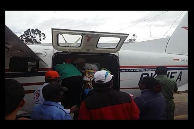 Foto evakuasi korban pesawat jatuh di Kabupaten Yahukimo, Papua, (Metronews.com)