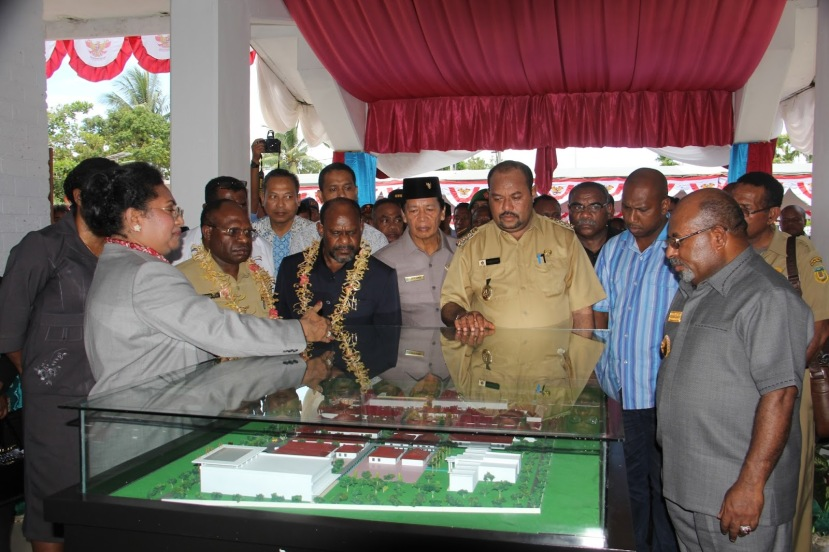 Peresmian  status RSUD Biak menjadi rumah sakit tipe B  oleh Gubernur Papua Lukas Enembe, Selasa (1/9/2015)