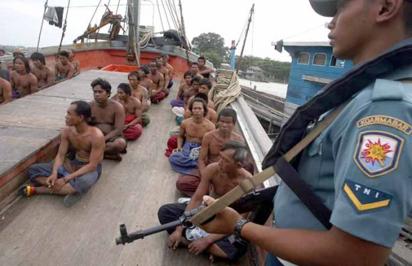 illegal fishing in Indonesia 02