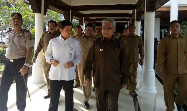 Yuddy Chrisnandi_bersama_Gubernur_Aceh