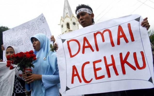 demo mahasiswa aceh-bendera