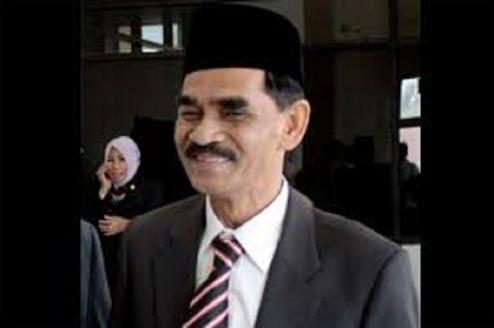 Bupati-Aceh-Utara-Muhammad-Thaib-atau-Cek-Mad(1)