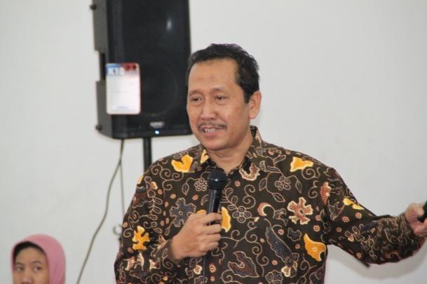 Prof Purwo Santoso