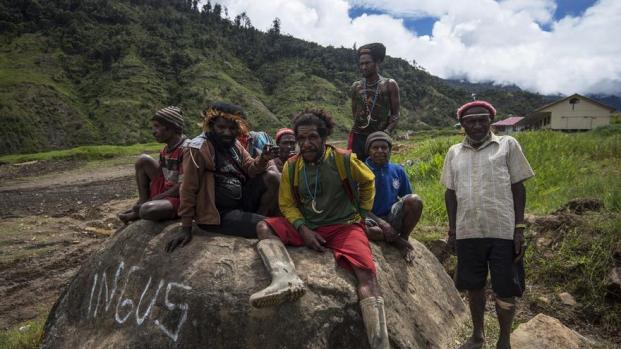 orang-papua