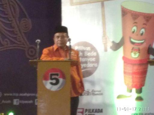 iy-isi-podium