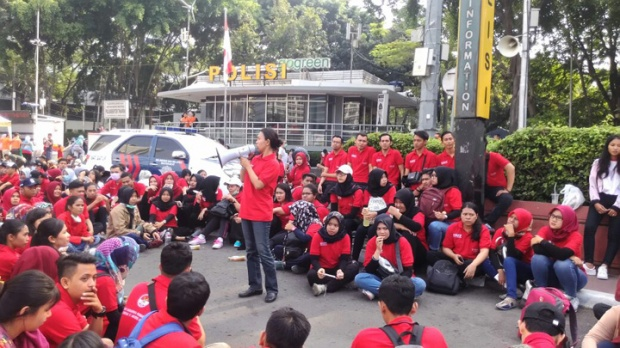 pancasila-car free day