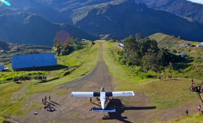 Tol-Udara-di-Papua-Bold-Method